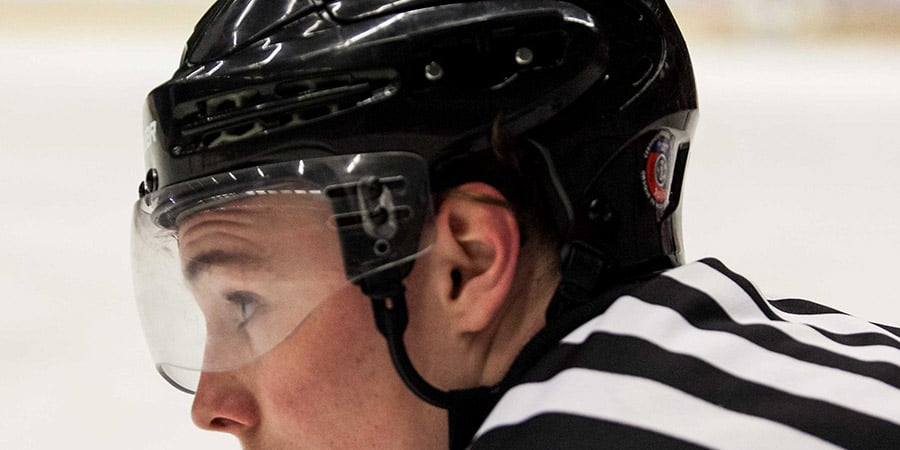 a4b5d38d How strong are hockey visors?