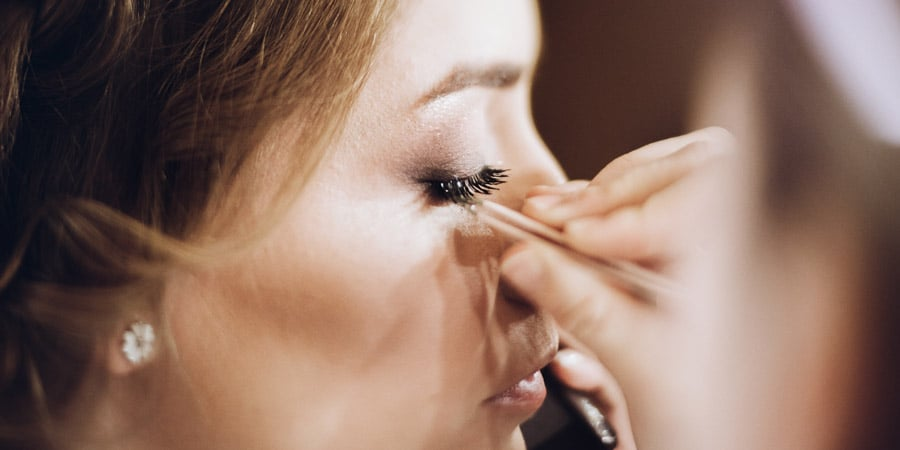 Keep Your Eyes Healthy with These Eye Makeup Dos and Don'ts